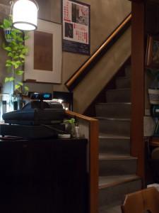喫茶ルオー 2階への階段